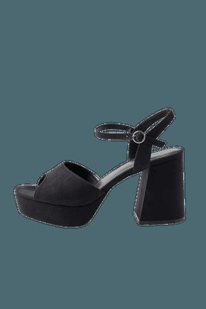 UO Katie Platform Heel | Urban Outfitters