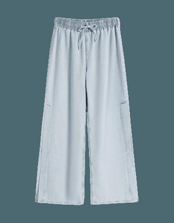 Wide-leg jeans with a stretch waistband - Denim - Woman   Bershka
