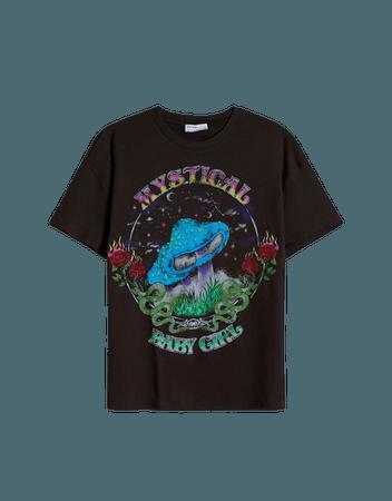 Super Mushroom print short sleeve T-shirt - Tees and tops - Woman   Bershka