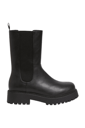 Chunky chelsea boots - Black - Boots - Monki WW