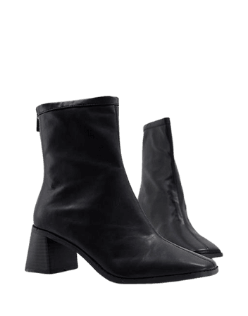 ASOS DESIGN Wide Fit Raider mid-heel ankle boots in black | ASOS