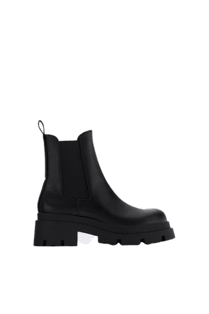MID-HEEL ANKLE BOOTS WITH TRACK SOLES | ZARA United Kingdom