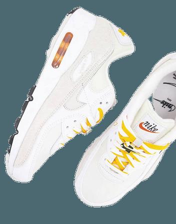 Nike Air Max 90 SE sneakers in white/light bone | ASOS