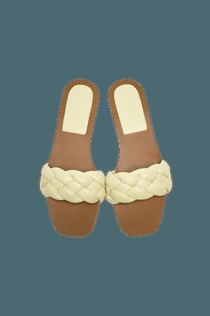 Flat braided sandals - pull&bear