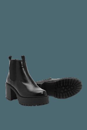 Platform Heeled Chelsea Boots | Nasty Gal