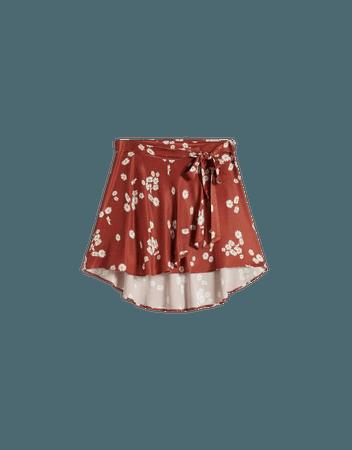 Flowing satin skirt with belt - Skirts - Woman | Bershka