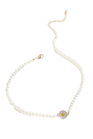Gwen Pearl Necklace | Urban Outfitters