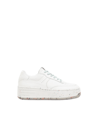 B 3Sneakers with multicolored flecked sole - Shoes - Woman | Bershka