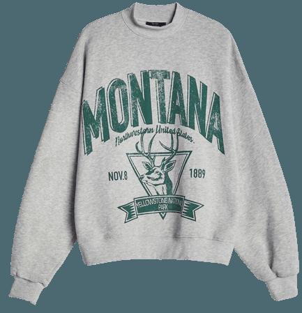 Sweatshirt with slogan print - Sweatshirts and Hoodies - Woman | Bershka