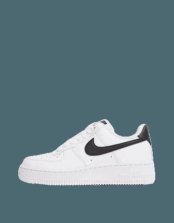 Nike Air Force 1 '07 sneakers in white/black | ASOS