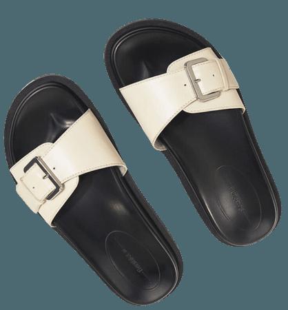 Flat sandals with buckle - New - Woman   Bershka