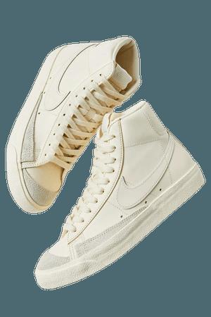 Nike Blazer Mid '77 Vintage Sneaker | Urban Outfitters