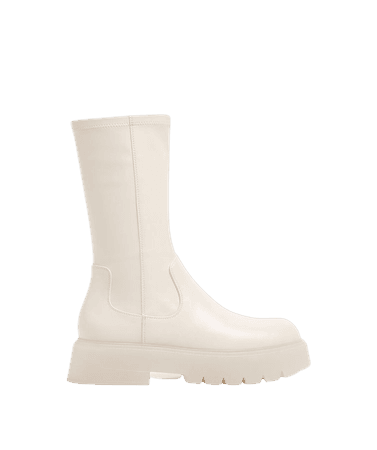 Fitted platform boots with translucent soles - Shoes - Woman | Bershka