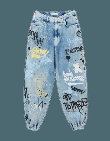 Graffiti print jogger jeans - Denim - Woman | Bershka