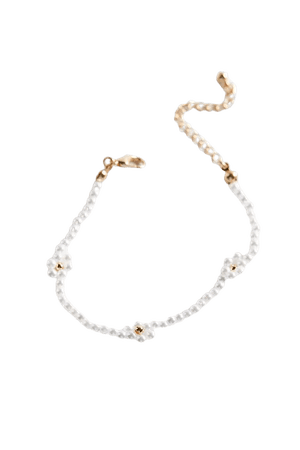 Pearl Flower Bracelet | Urban Outfitters