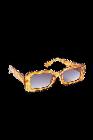 Kayla Plastic Rectangle Sunglasses | Urban Outfitters