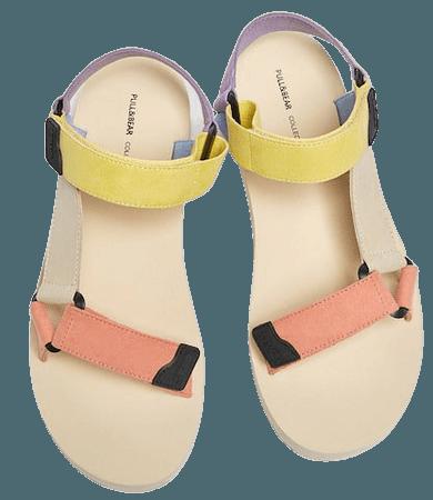 Multicolored sporty sandals