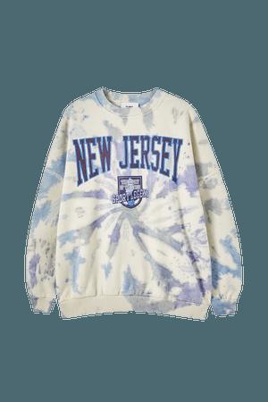 Tie-dye graphic varsity sweatshirt - pull&bear