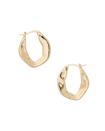 Serefina Wavy Hoop Earring
