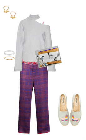 Eclectic Fall Fashion with Hand Strap Clutch