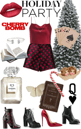 Queen of Hearts Holiday