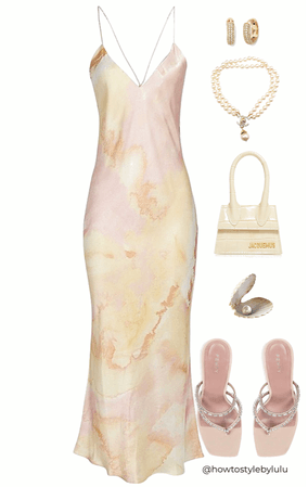 Marble dress and cream accessories 🤍
