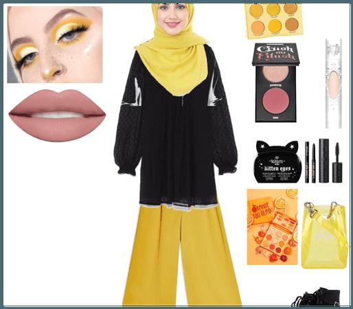 Yellow Muslimah