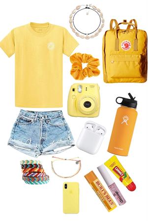 The yellow aesthetic Vsco girl