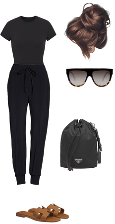 black skins crop too and black joggers spring outfit