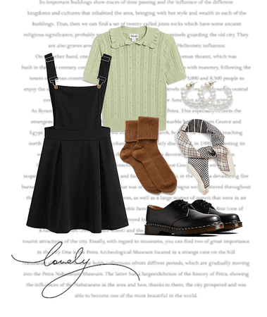 Girly Back to School Outfit