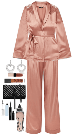 1216808 outfit image