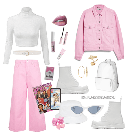 the popstar in pink