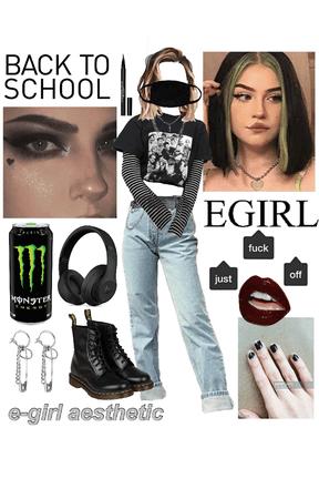Back to School: E-girl aesthetic