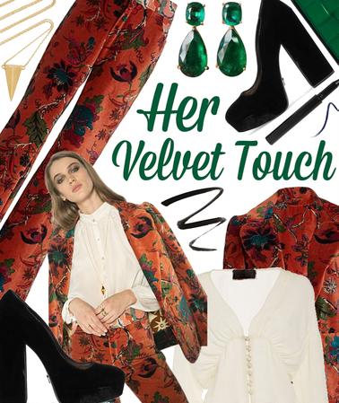 WOMENS 2020: Her Velvet Touch