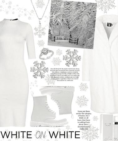 white monochrome ⛄️❄️🌬