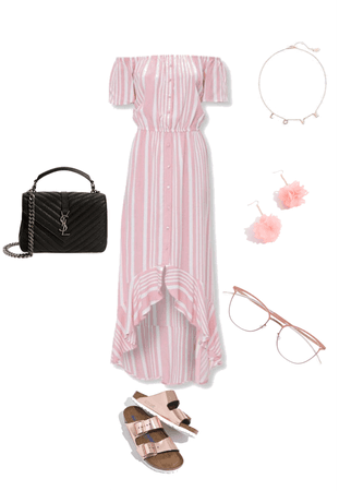 Q and relaxing outfit for going to the park or a movie theater or to eat food with your friends