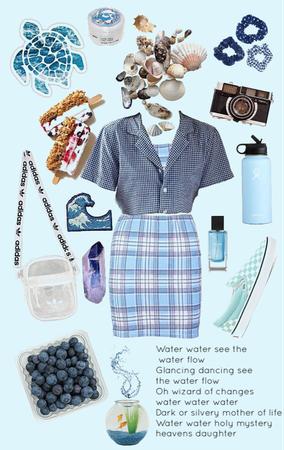 water girl 🌊💦💧