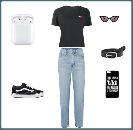 Basic black vsco outfit