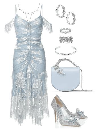 Dahlia #27. ( A Cinderella Look )