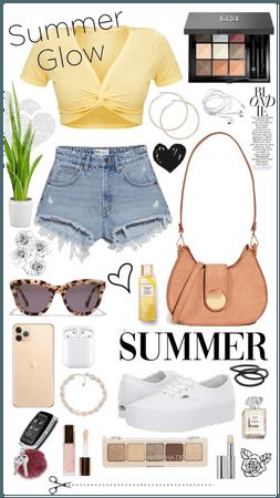 denim shorts & yellow summer 💖💙💛