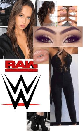 Layla at raw