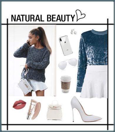 Natural Beauty || Ariana Grande