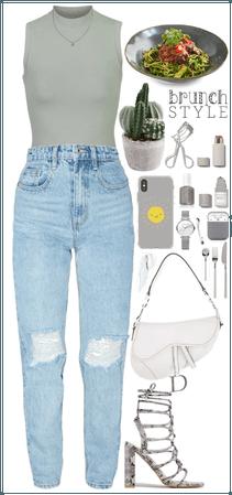 Gray + shoulder bag + snake skin sandals