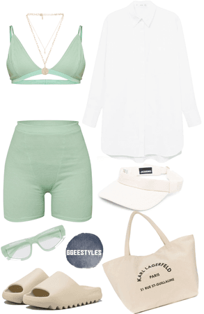 beach babe🏝