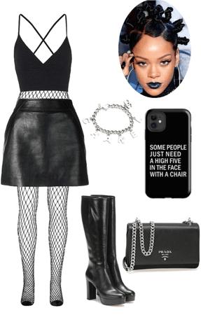 Hot 🥵 wear for RIHANNA