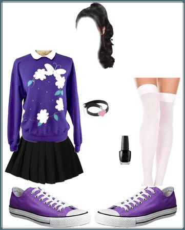 Vintage Sweatshirt, Miniskirt, Stockings, Converse