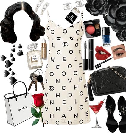 Coco Chanel ❤️💃🏼🎒🍒🥀🍷