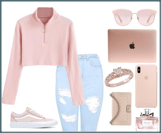 Light Pink Look