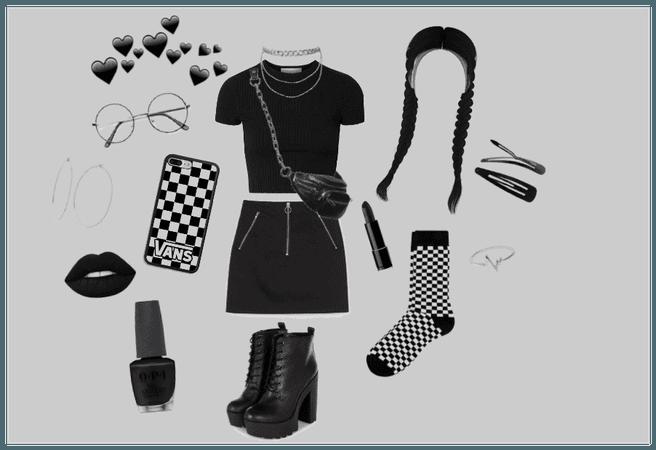 ✦ Black Grunge Girl ✦