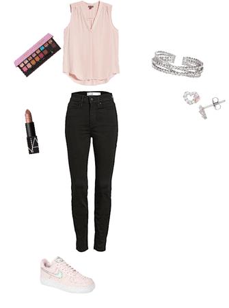 mall girl 🙈🖤